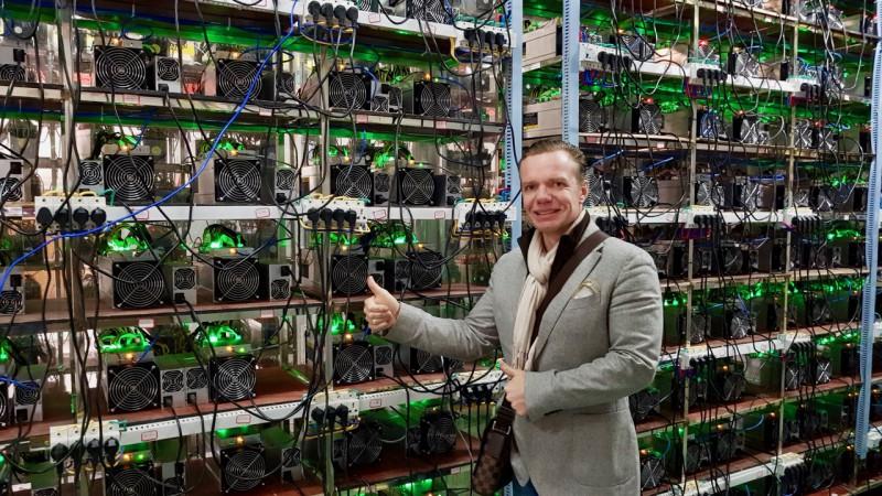 Bitcoin Farm / Largest Bitcoin Farm In Russia Earns ...
