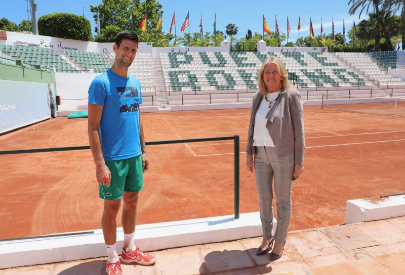 Where Is Novak Djokovic Working On With Mayoress Of Marbella Angeles Munoz For Marbella Puente Romano Marbella Tennis2020