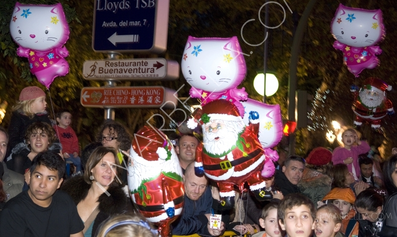 Rain Holds Off for Three Kings Parade