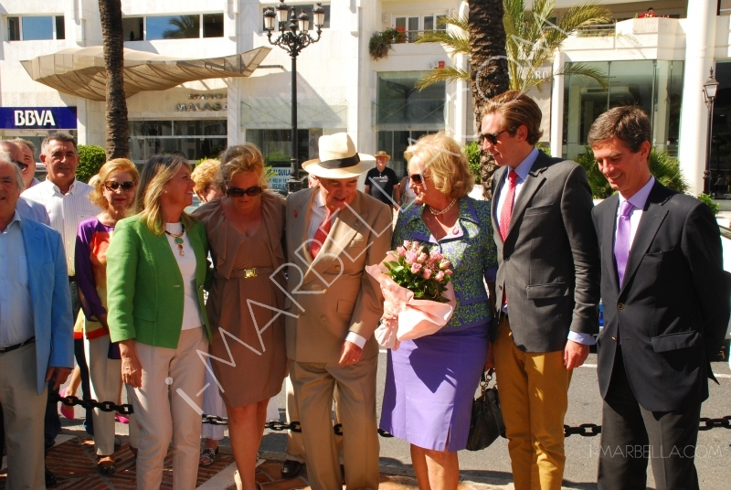 Count Rudi von Schönburg accepted his place on the Boulevard of Fame on his 80th Birthday
