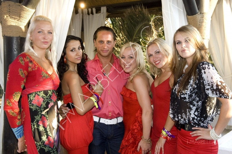 Charmer Dimi partied with his princesses at Nikki Beach.