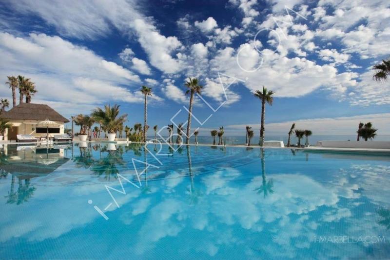 Enjoy Beach Body Yoga at Purobeach Marbella