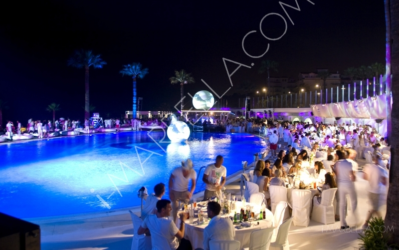 The Ocean Club Opening Party was an all Silver and White affair drawing all ages to one of the premier summer launches of the season