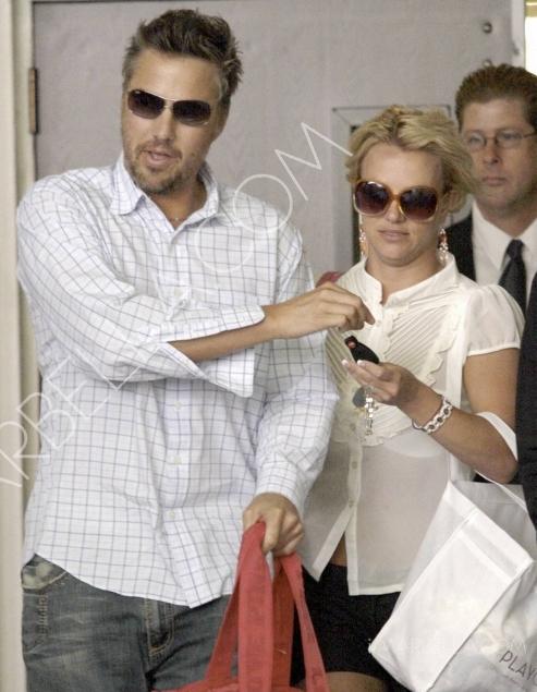 Britney Fires Her Boyfriend!