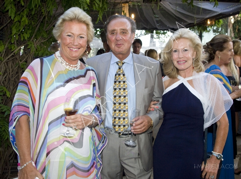 GALLERY:The First English Speaking Rotary Club Dines in Style at La Meridiana, Marbella.