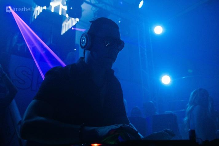 DJ Tiesto в ночном клубе Sleek