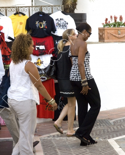 Michelle Obama Dines in the Old Town, Marbella