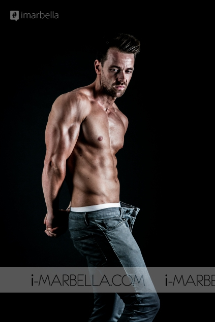 Interview with Peet Rothwell, Singer, Personal Trainer, and Fitness Competitor