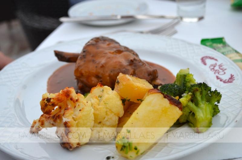 Dream Dinner at Villa Tiberio
