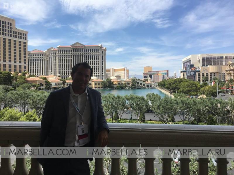 Ocean Clinic Marbella's Dr. Kaye at the Vegas Cosmetic Surgery Meeting in Las Vegas