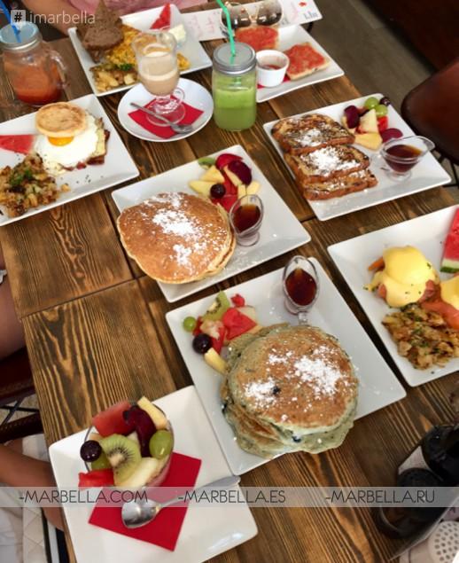 Pan & Mermelada Famous Buttermilk Pancakes - Truly Amazing!