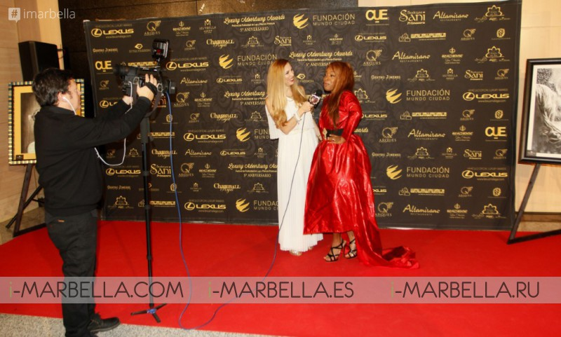 Victorioy Lucchino fall in love with our Cuban-Marbella Star Yanela Brooks @ Spain Luxury Awards Marbella 2017 Video