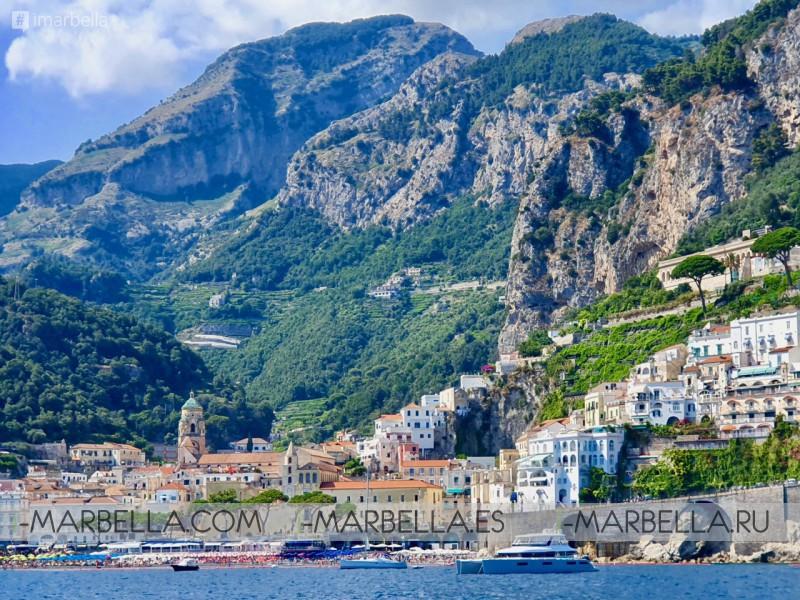 Annika Urm Blog: Dream Holiday With My Family at Capri, Positano by Yacht Acustica 2019