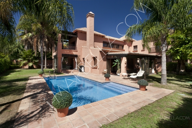 A Peek Into Luxury Villas on the Market in Marbella