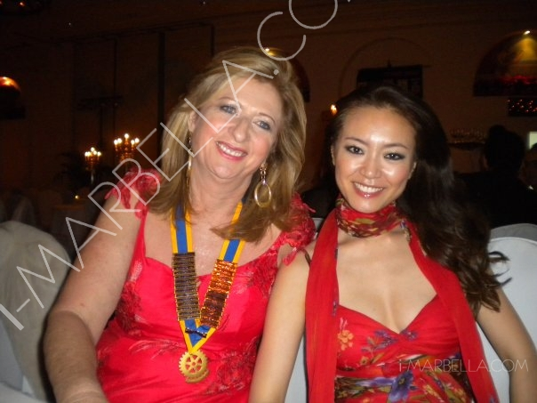 Saeko Hamada and Kristina Szekely received a recognition from Rotary Club