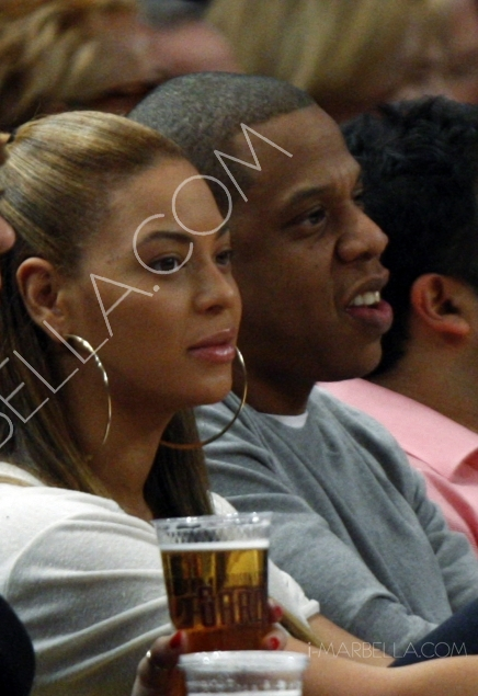 Photos of Beyonce and Jay-Z's first appearance after Baby