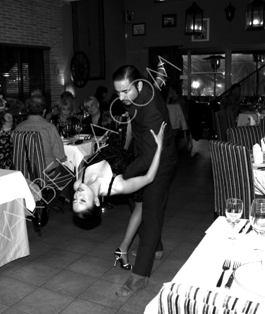 Hot Tango Show in Evita Restaurant Marbella