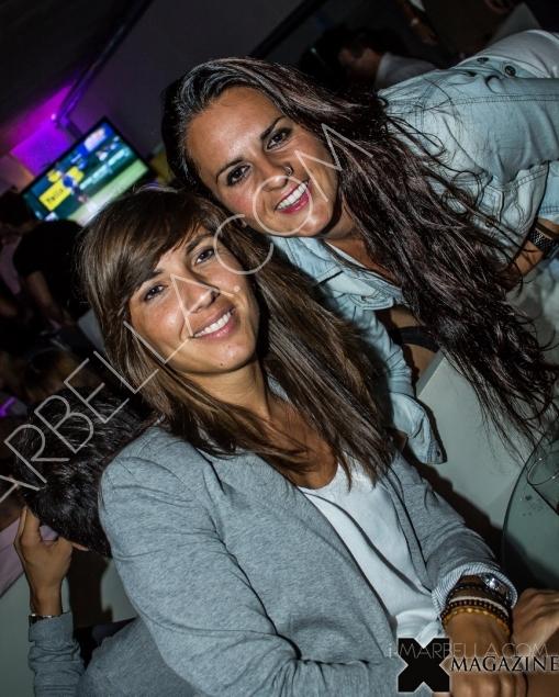 Party in Lemmon Bar in Puerto Depotivo Marbella