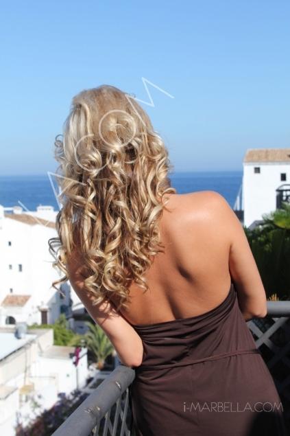 Glamorous Hairstyles of Annika Urm by Cappucino
