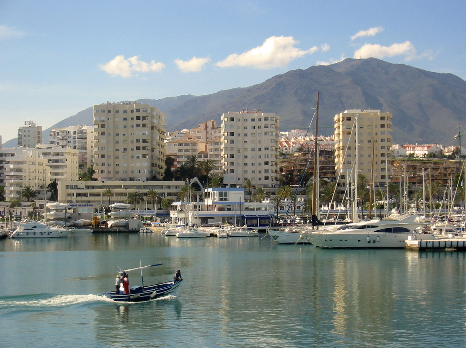 Estepona guide info tourism what to do