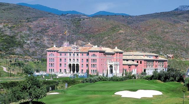 Marbella guide of beaches restaurants nightlife - Hotel la villa marbella ...